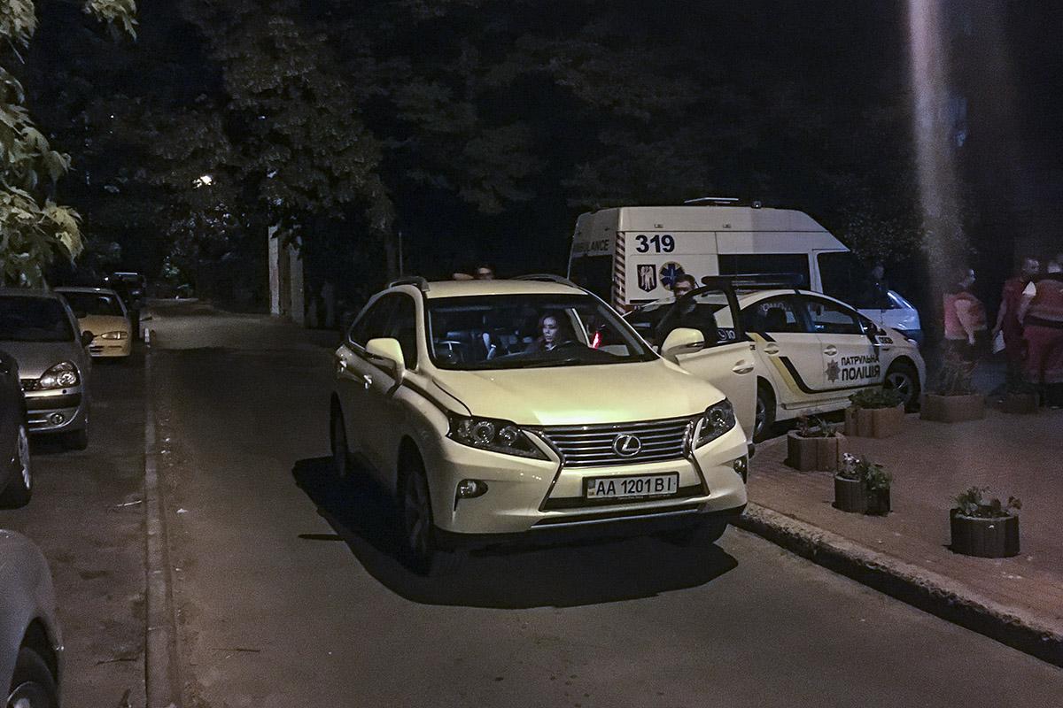 На проспекте Лобановского обнаружили тело подростка