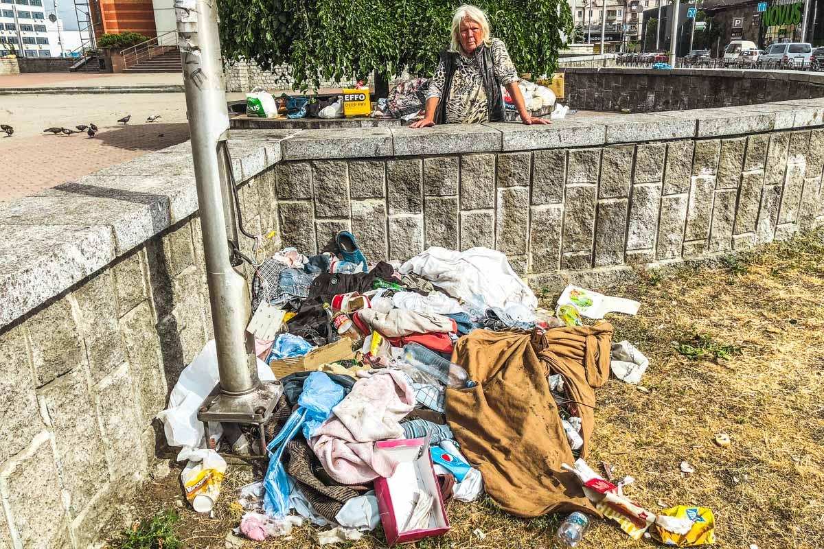 Жители столицы страдают от поселения ромов на Вокзале