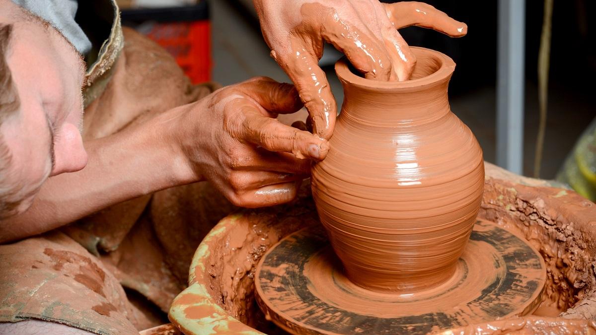 На мастер-классе вас научат обращаться с глиной