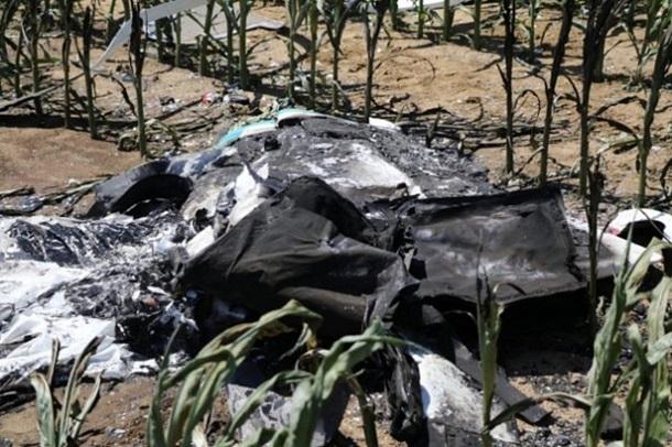 Пилота и пассажира самолета спастись не удалось, они погибли