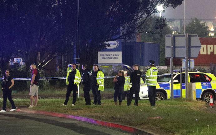 В Манчестере авто наехало на пешеходов: пять человек пострадали