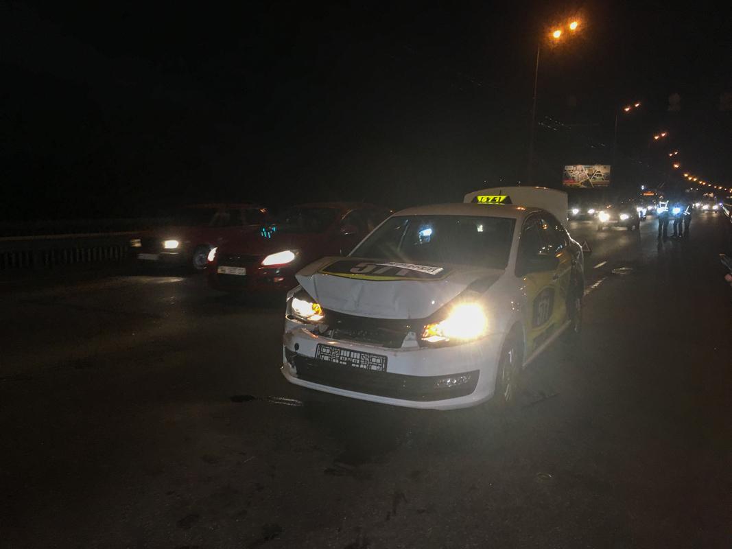 Водитель фуры утверждает что ехал не более 80 километров в час и не перестраивался