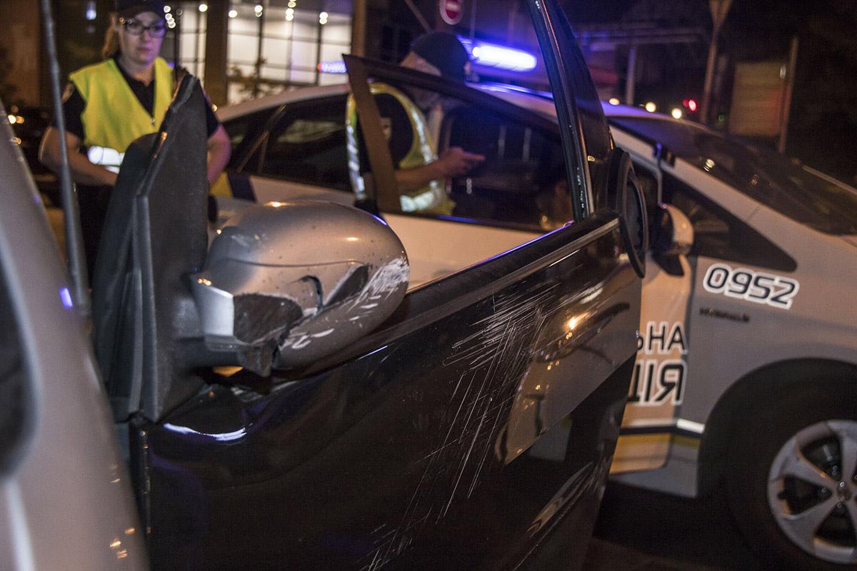 В результате аварии пострадала девушка-водитель
