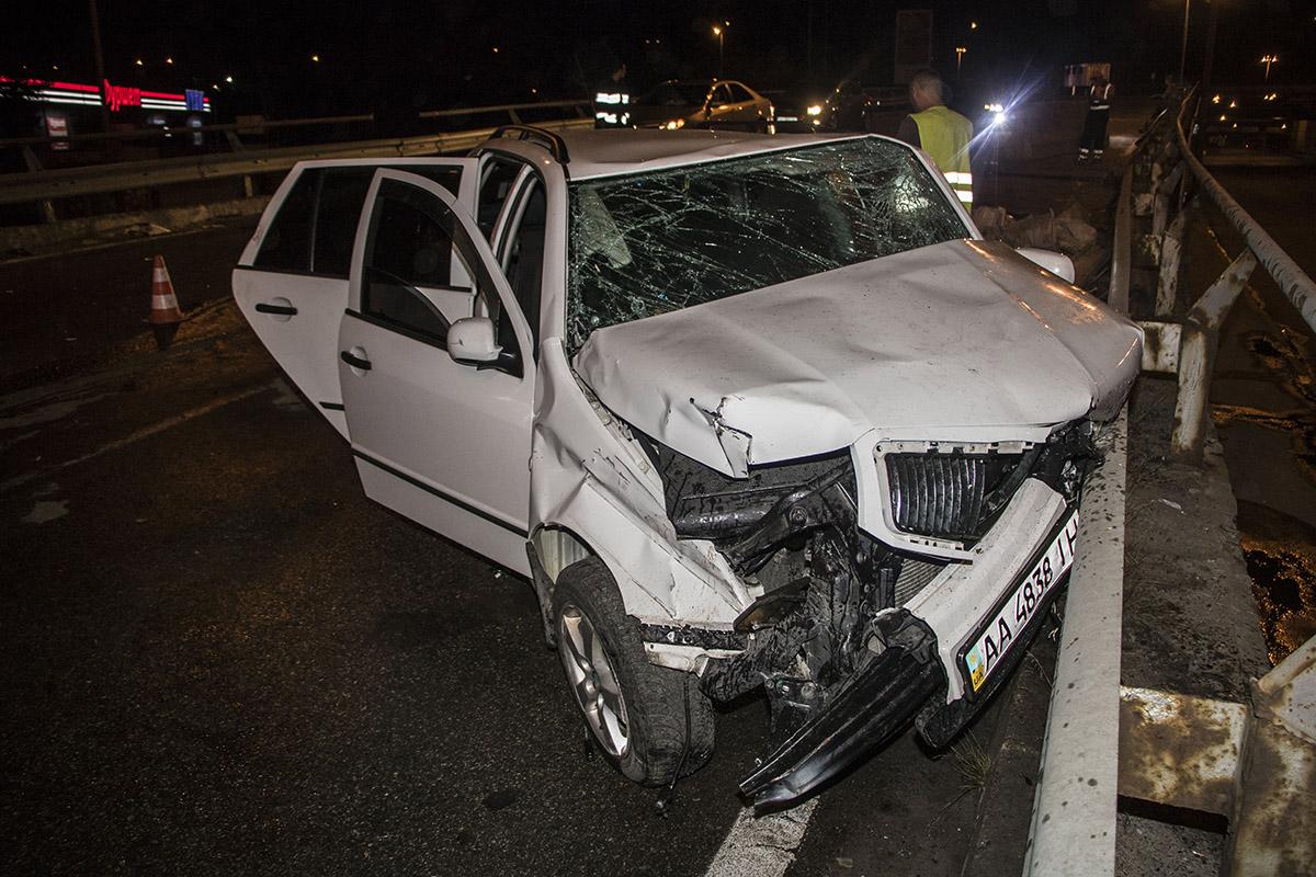 Авария случилась около 03:00