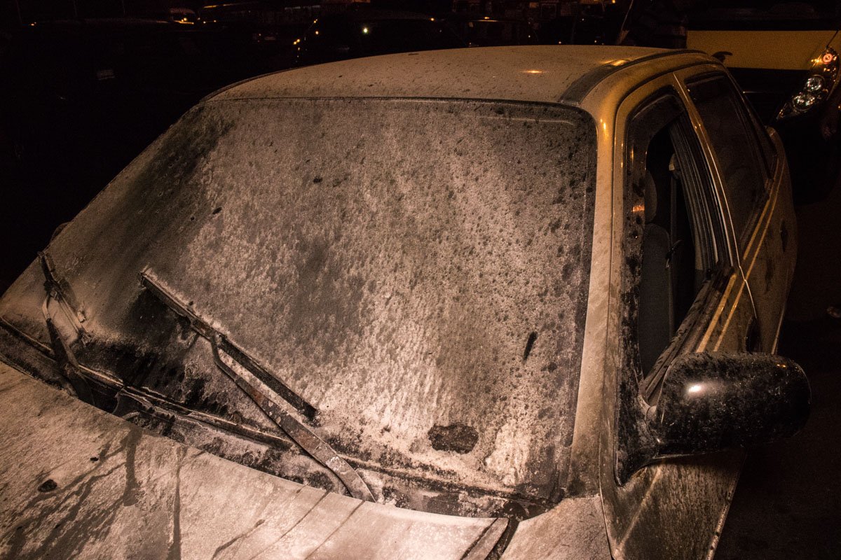 Прибывшие на место пожарные оперативно ликвидировали возгорание