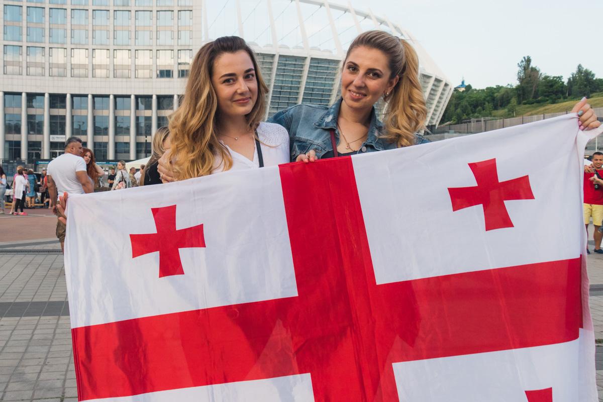 В субботу, 2 июня, на Троицкой площади отмечают День Независимости Грузии