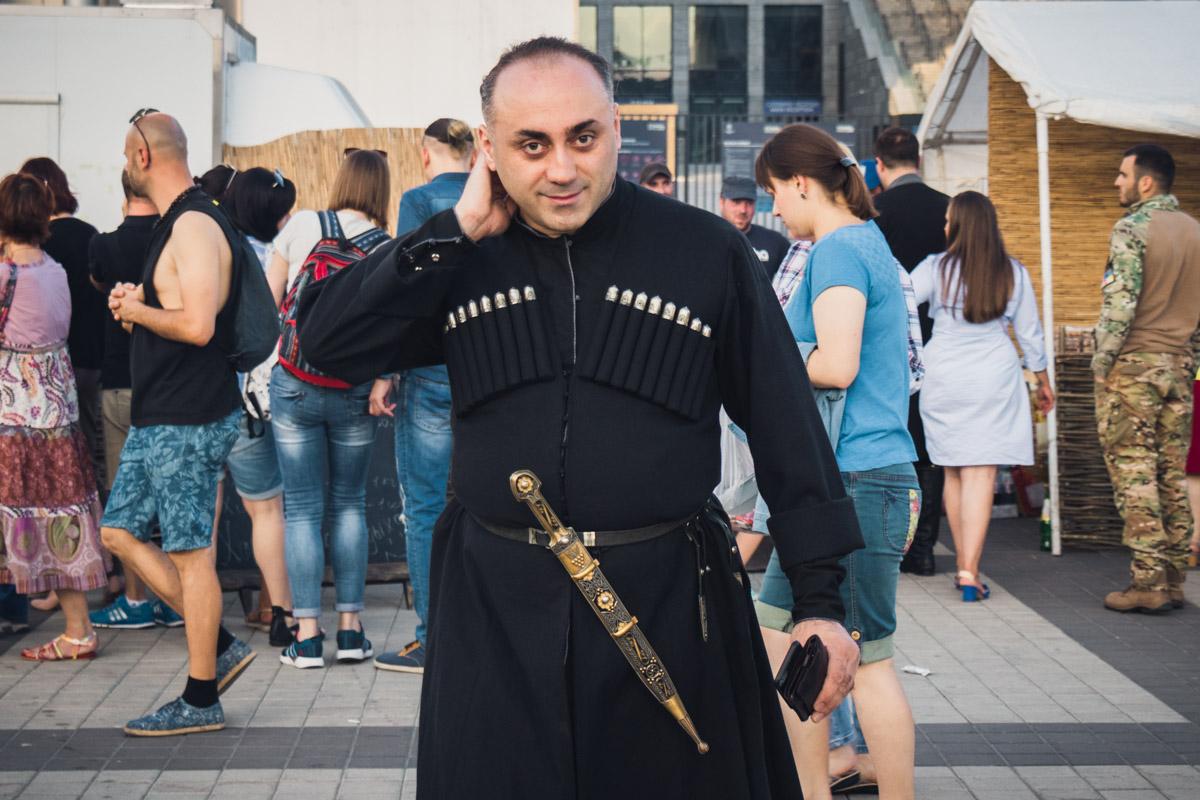 На праздник приехали грузинские коллективы и ансамбли