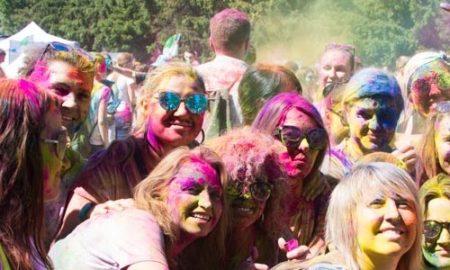 Фестиваль красок Холи в Киеве: найди себя на фото
