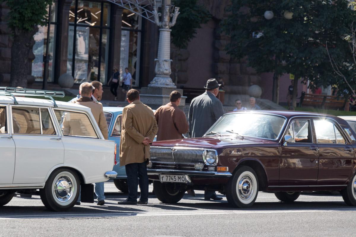 Знал бы кто-то в 86-м, что вместо этих чудных машинок в город придут евробляхи...