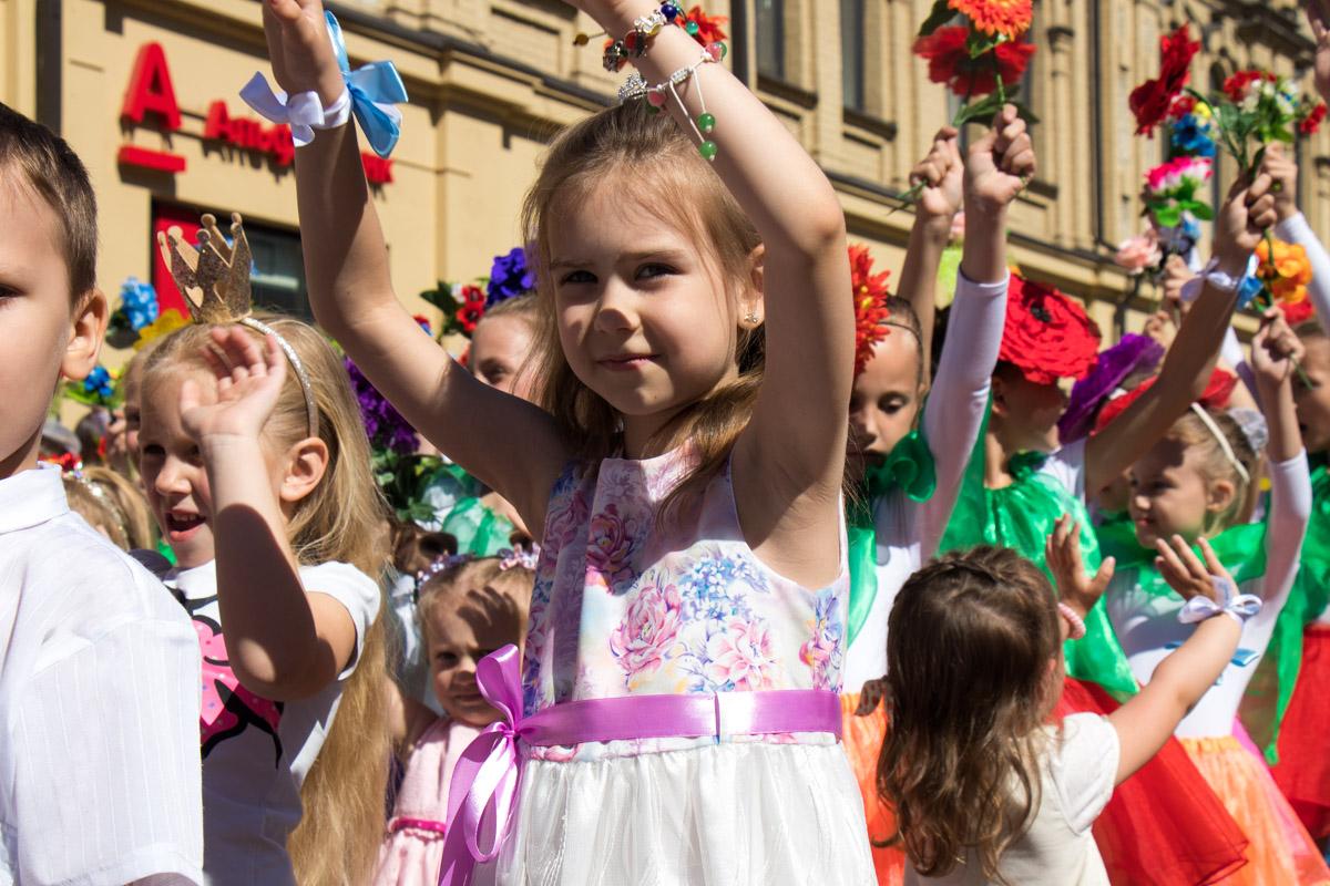 Для каждого ребенка было большой гордостью принимать участие в таком масштабном событии