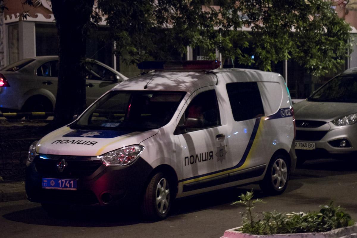 """Полиция приехала по вызову ко всем """"заминированным"""" станциям"""