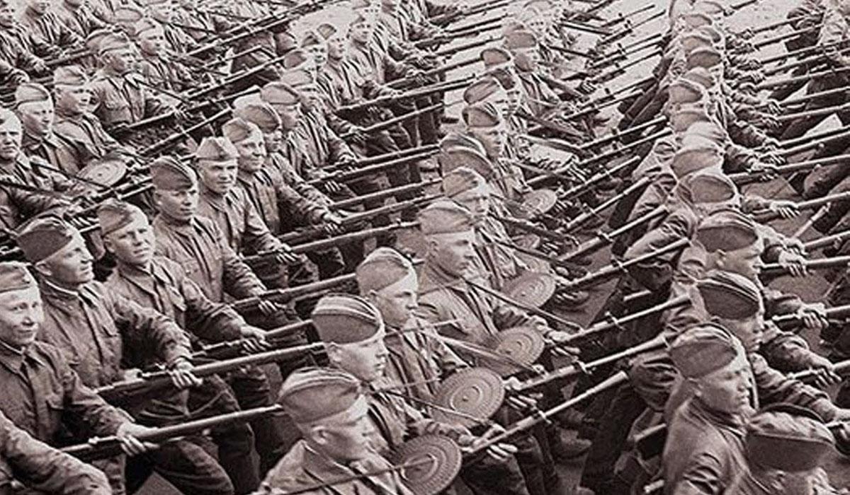 Мобилизацию в Киеве начали 23 июня, призвав в армию 200 тысяч человек