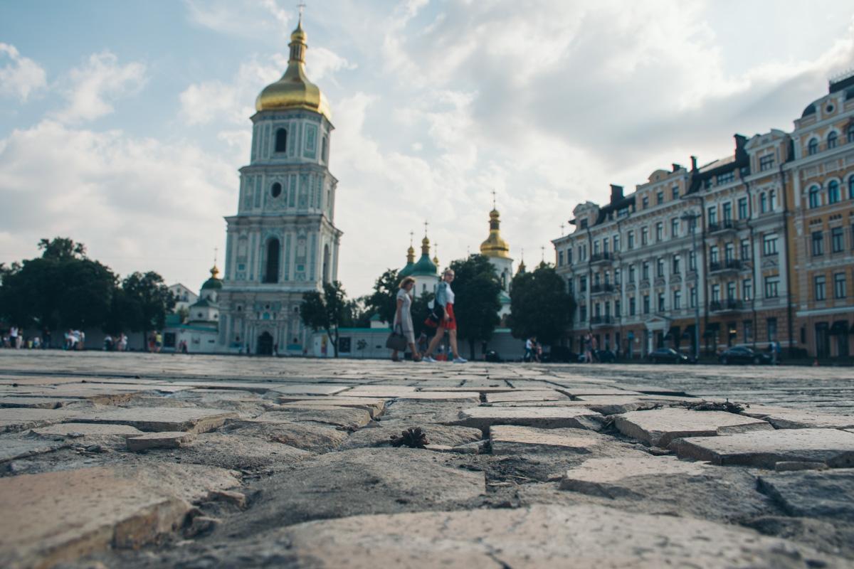 В Киеве планируют капитально отремонтировать Софийскую площадь