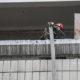В Киеве на Академгородке загорелся балкон многоэтажки