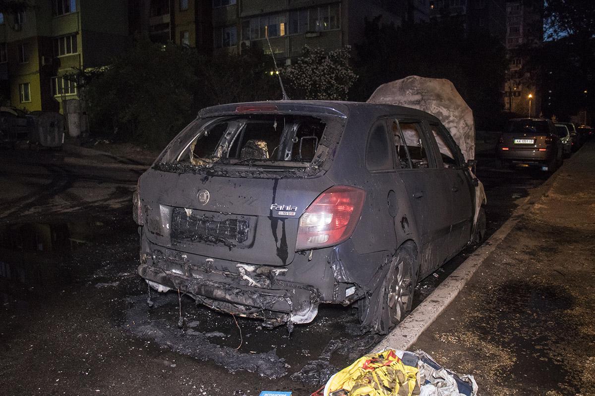 Владелец автомобиля считает, что это поджог
