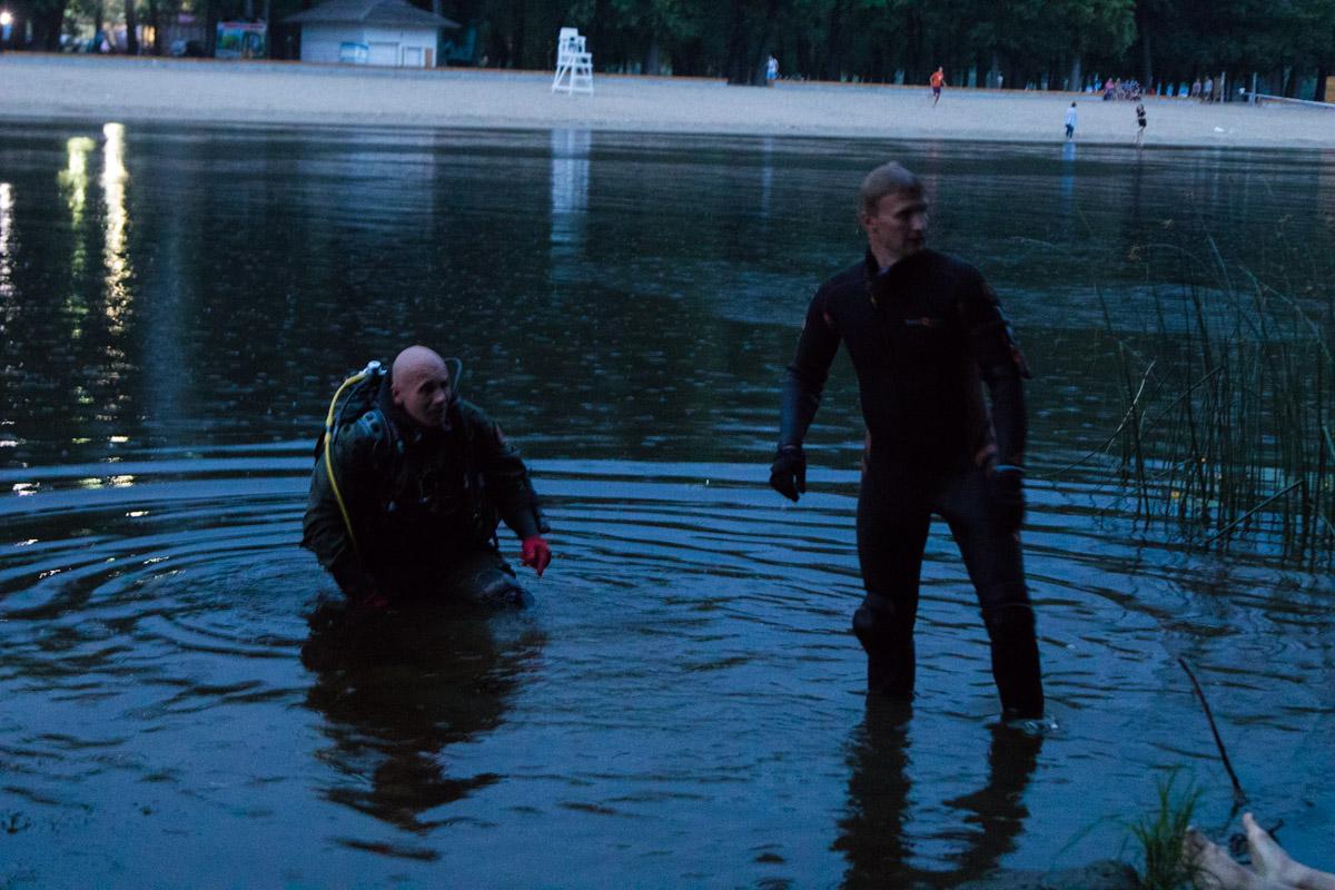 Спустя час тело обнаружили на глубине 5 метров и на расстоянии 15 метров от берега