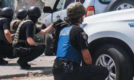 GTA в Вышгороде: под Киевом полиция ловила вооруженных грабителей и освобождала заложников