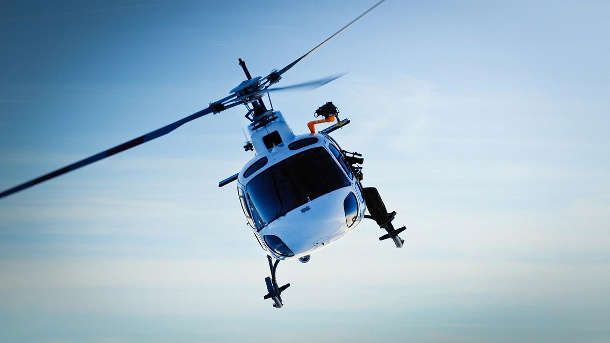 """В """"Kiev on Air"""" предлагают как обзорные экскурсии над Киевом, так и аренду вертолетов для чартерных перелетов в другие города"""