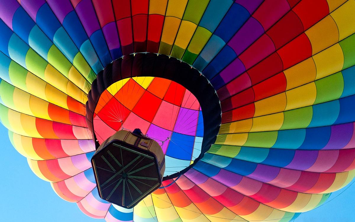 Полет на воздушном шаре обязательно станет одним из самых ярких путешествий