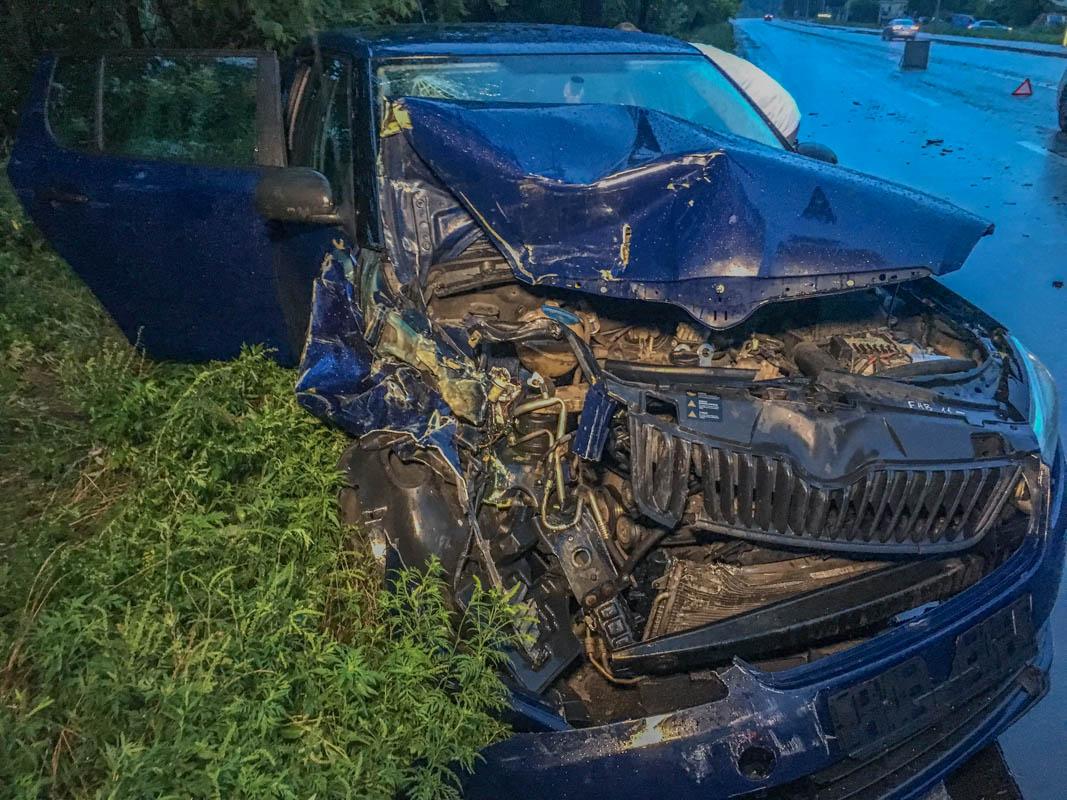 Skoda получила серьезные повреждения