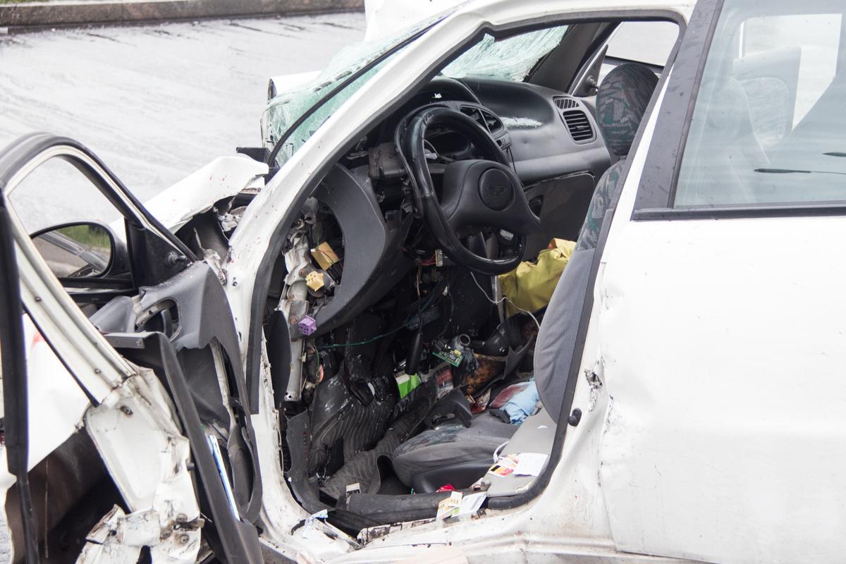 Тормозных путей на дороге не оказалось, произошло столкновение лоб в лоб