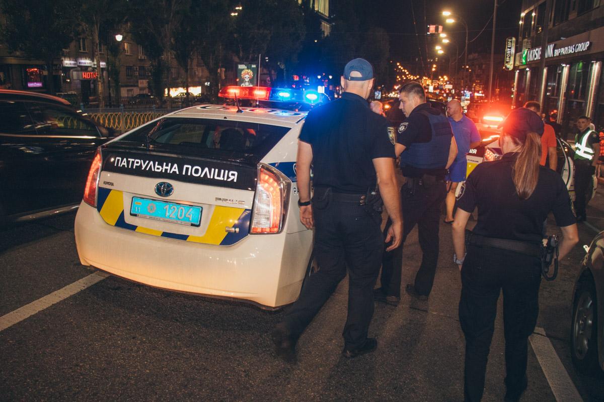 Ему не удалось далеко уйти, водителя задержали по адресу улица Мечникова, 2