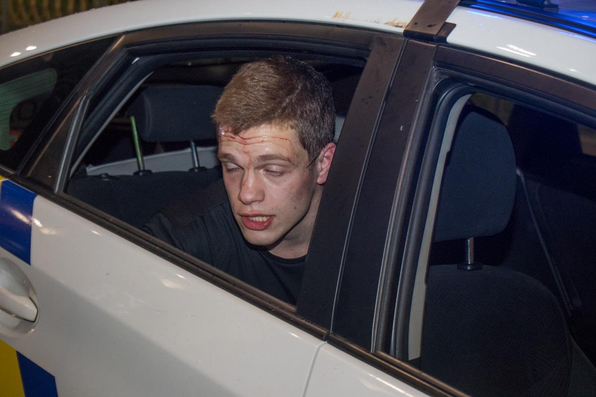 По словам полиции, первых признаков алкогольного опьянения у водителя нет