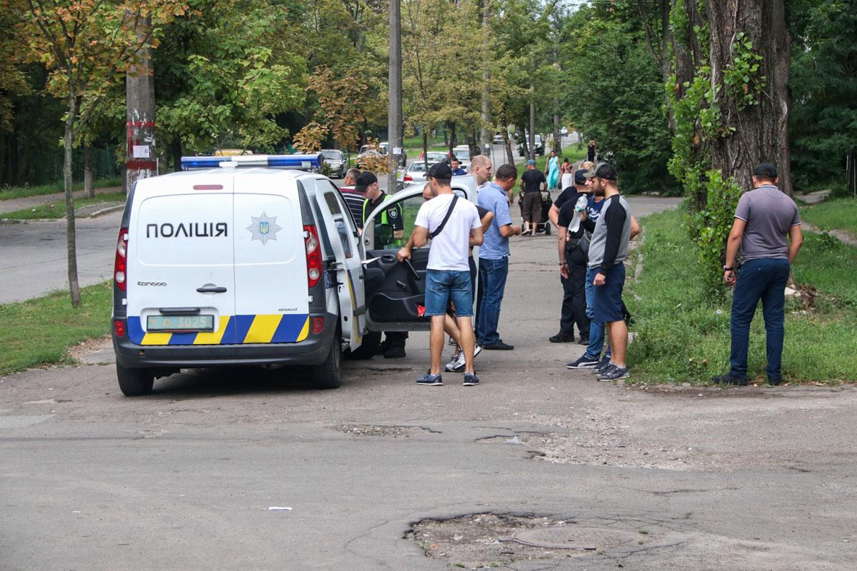 События происходили возле дома 15 по улице Матеюка