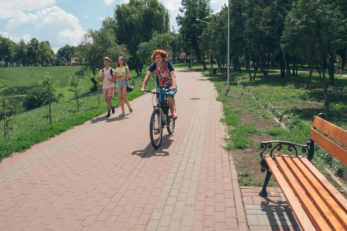 Прекрасно парк подойдет и для велопрогулок