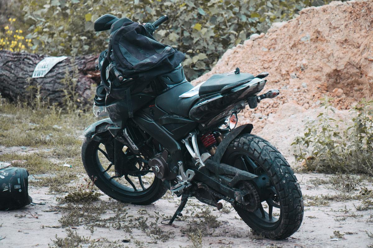 Мотоцикл Bajaja двигался в сторону 72-й Садовой улицы