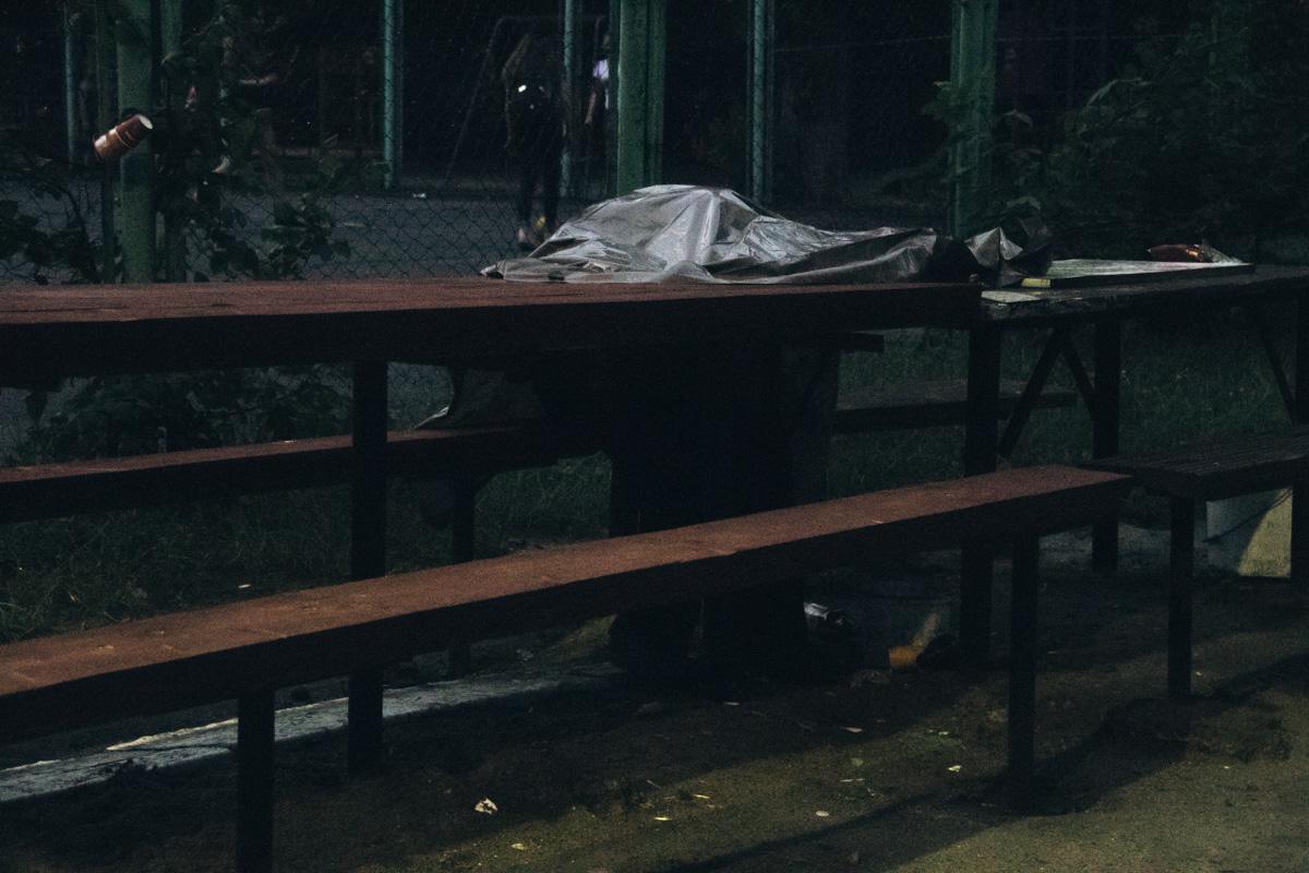 В Киеве по адресу улица Кольцова, 15, скончался мужчина