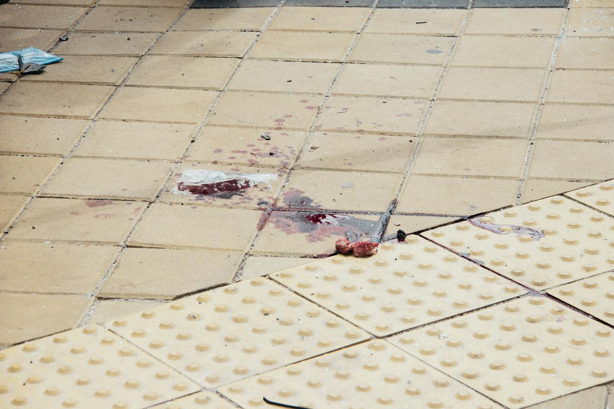 Пассажира Renault еще двоих пешеходов с различными травмами госпитализировали