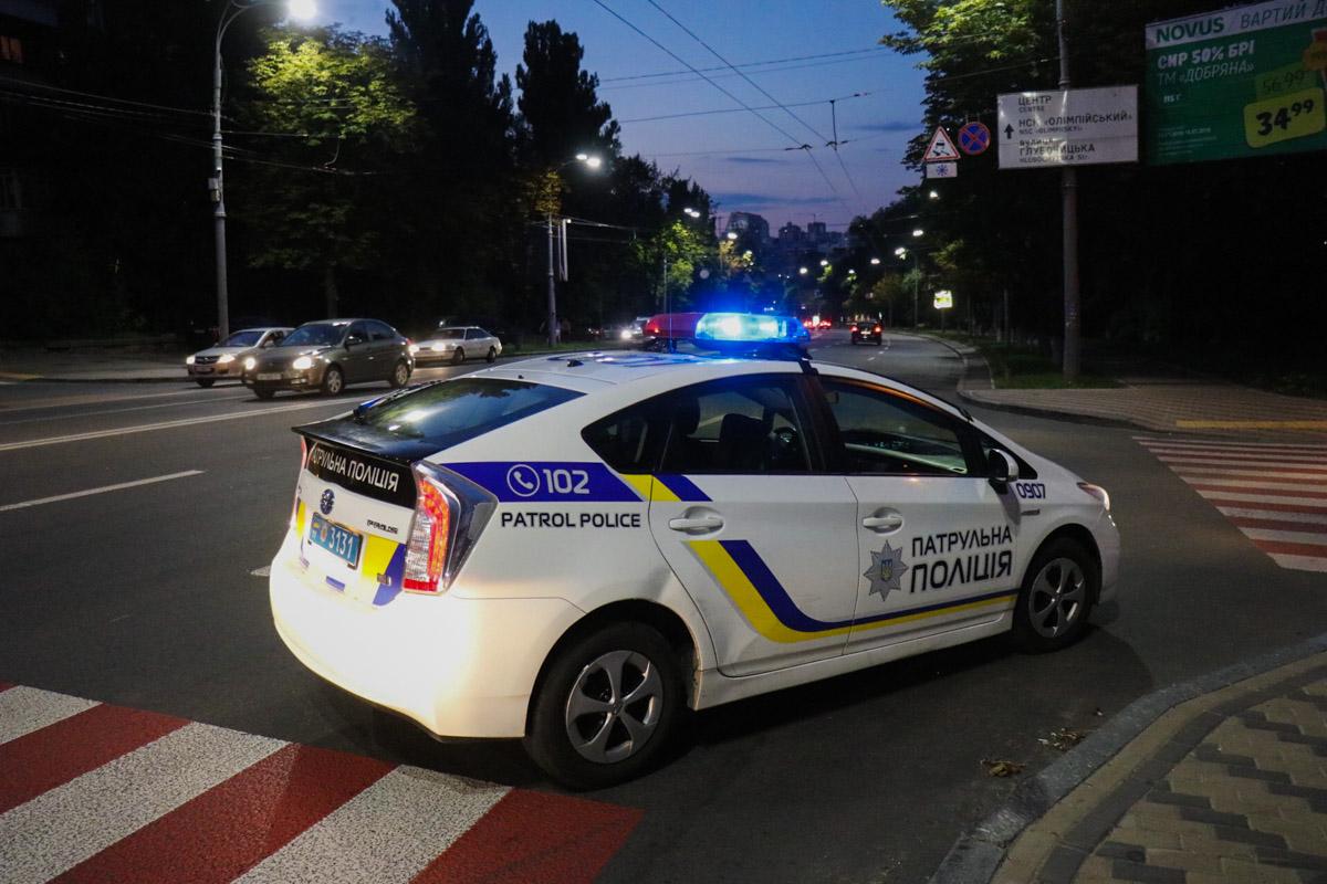 На месте работает патрульная полиция, следственно-оперативная группа и «скорая»
