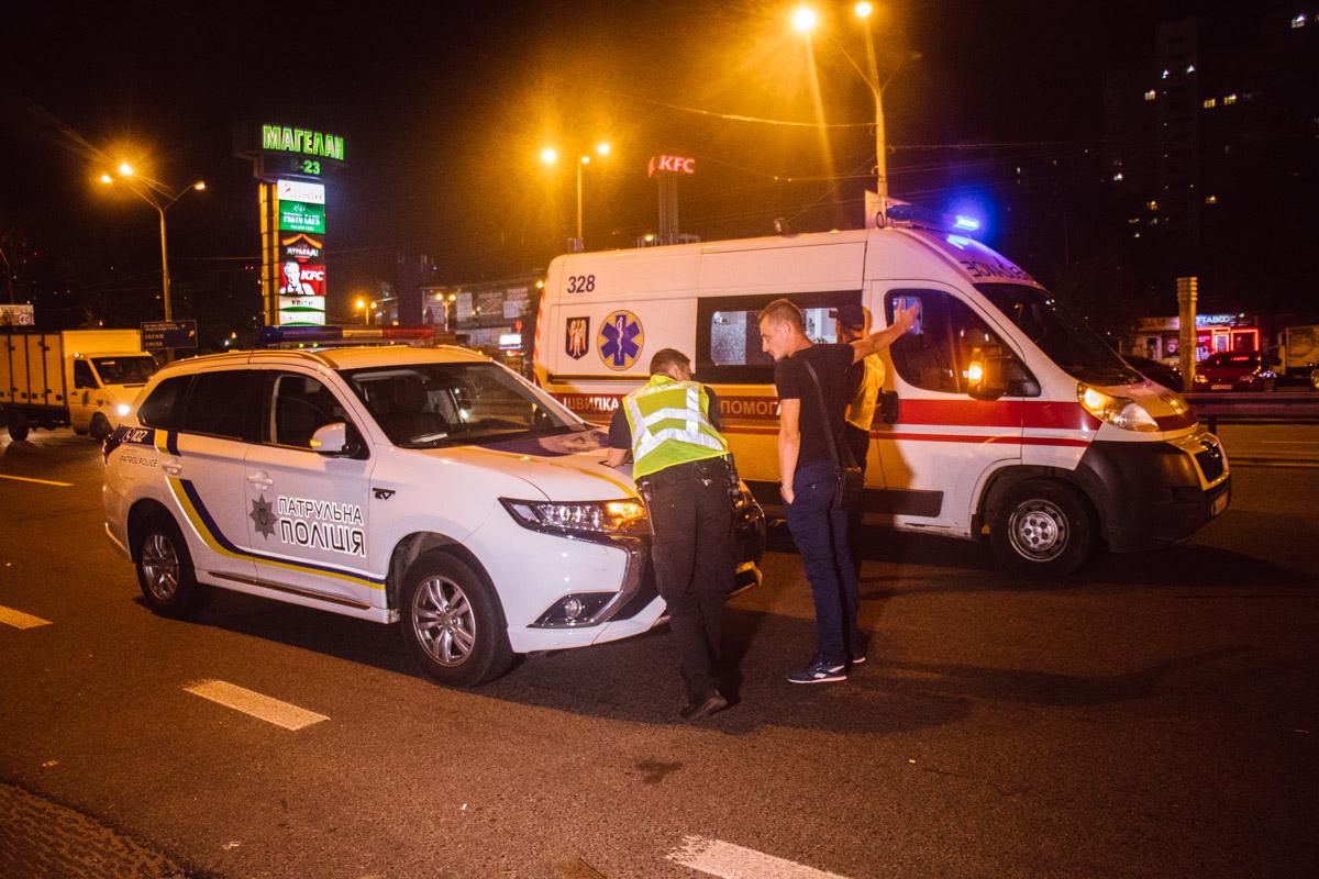 Полиция опрашивает свидетелей