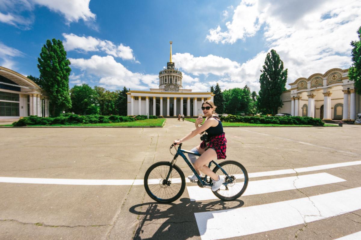 В Киеве появилось новое место для любителей прокатиться на велосипеде