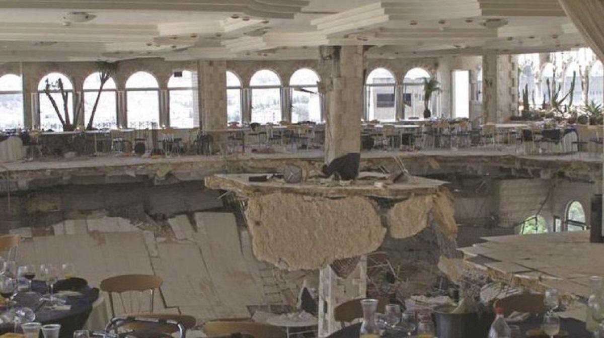 В Румынии на свадьбе обрушился балкон, 18 человек травмированы