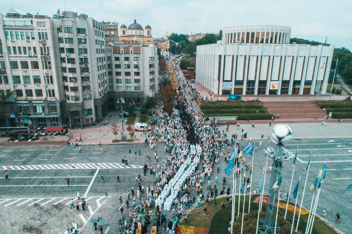 В полиции сообщили, что в шествии поучаствовали 20 тысяч верующих