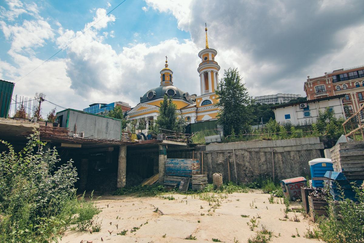 На Почтовой площади нашли целую улицу времен Киевской Руси