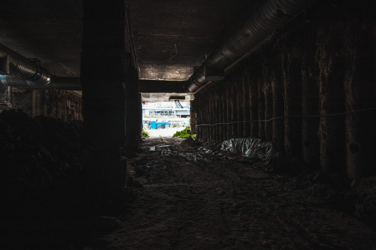 Вот так можно ходить по улицам столицы и даже не подозревать, что находится под землей
