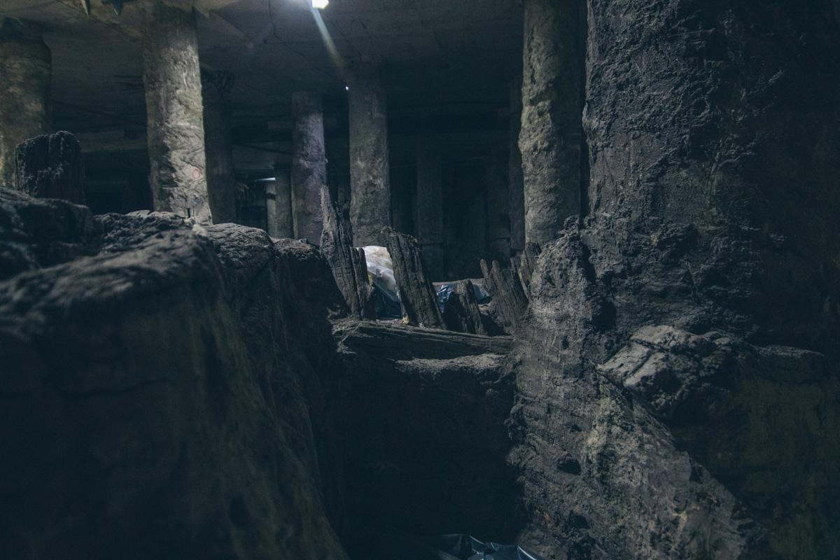 Археологи нашли много деревянных конструкций
