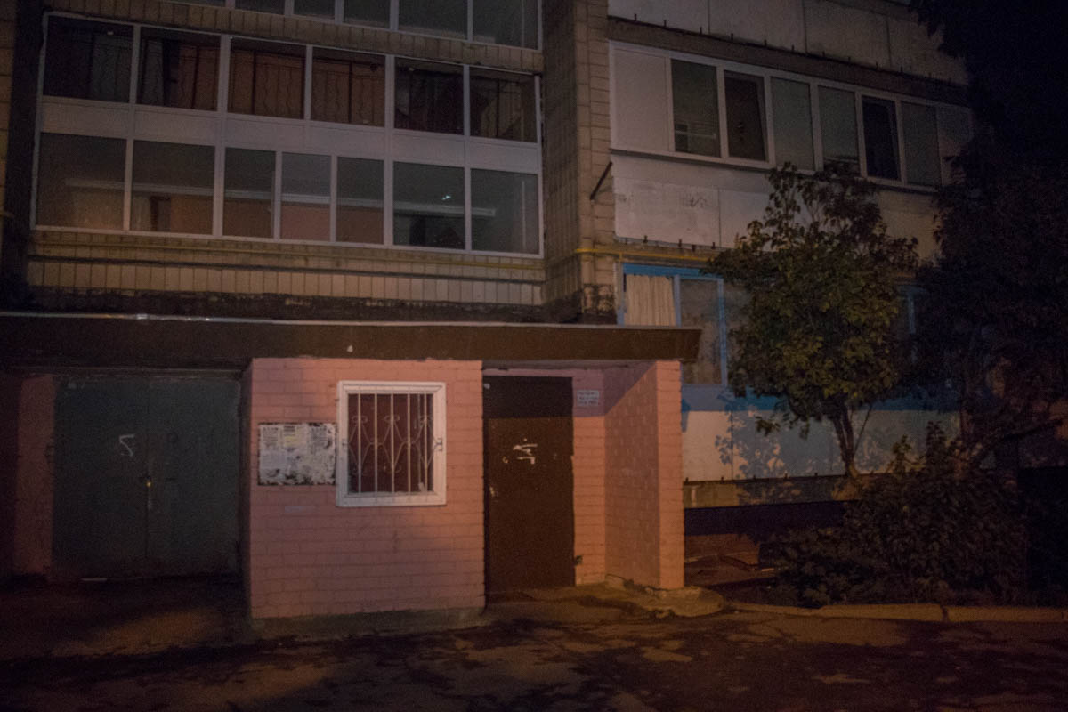 25 июля в Киеве по адресу проспект Победы, 93а прохожие обнаружили парня в крови