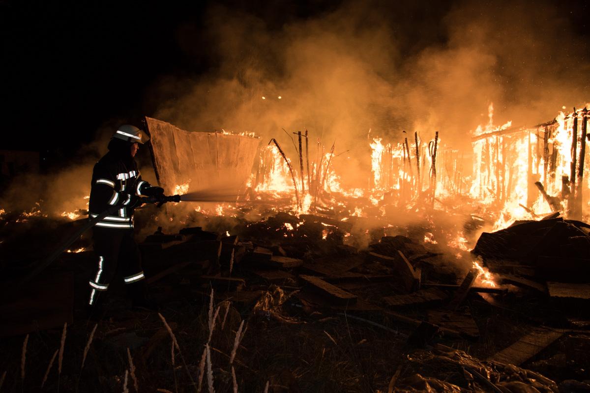 Информация о пострадавших и возможной причине возгорания уточняется
