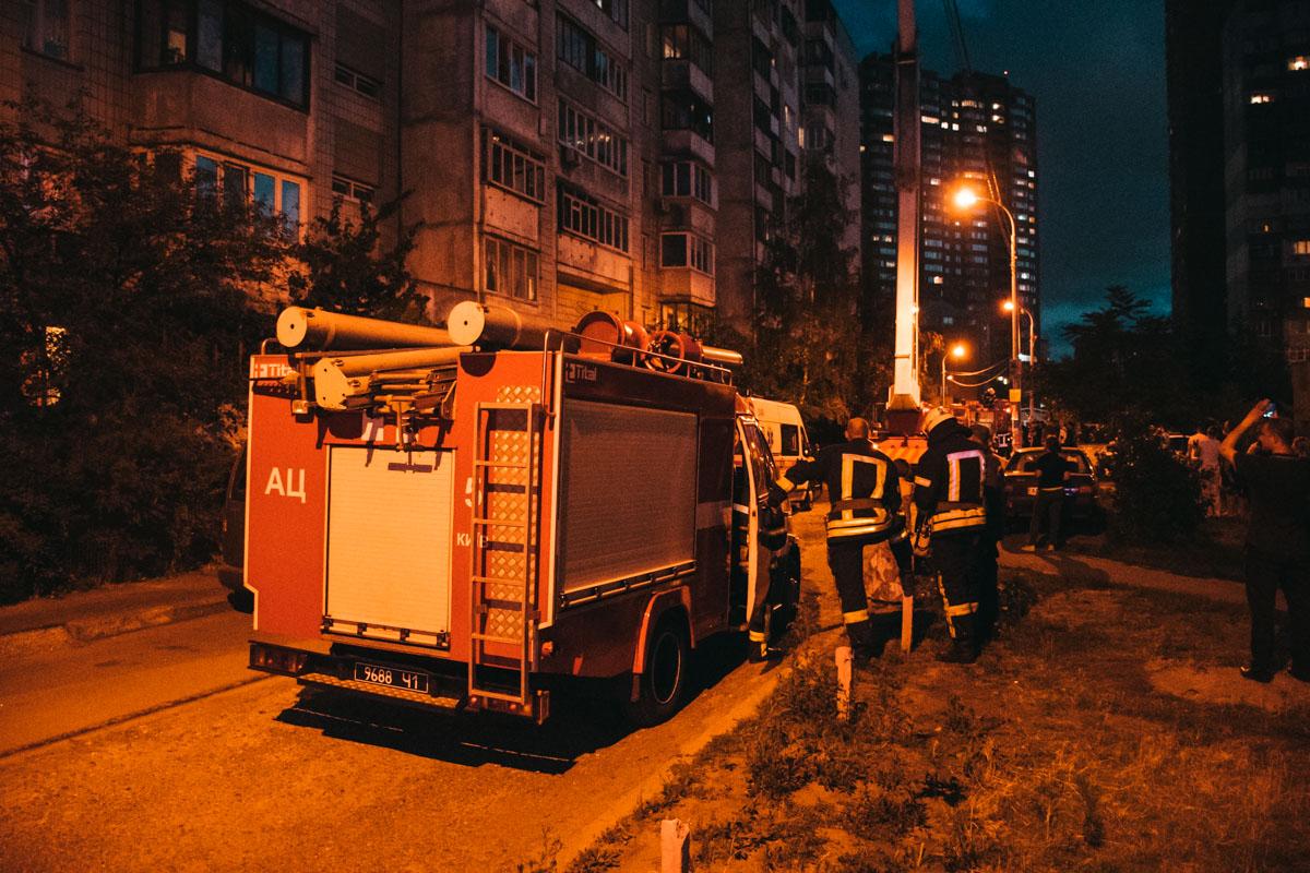 9 июля в Киеве на улице Драгоманова, 22 произошел пожар