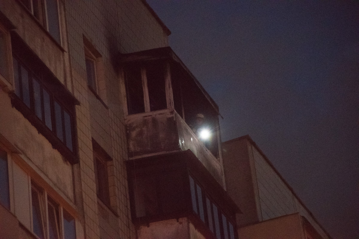 Горел балкон и квартира на 10 этаже