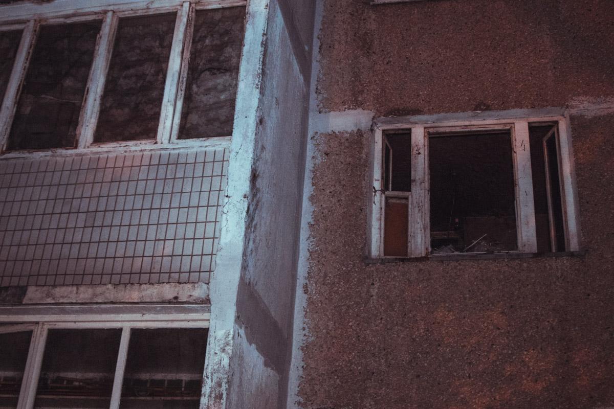 Горела двухкомнатная квартира на втором этаже жилого дома
