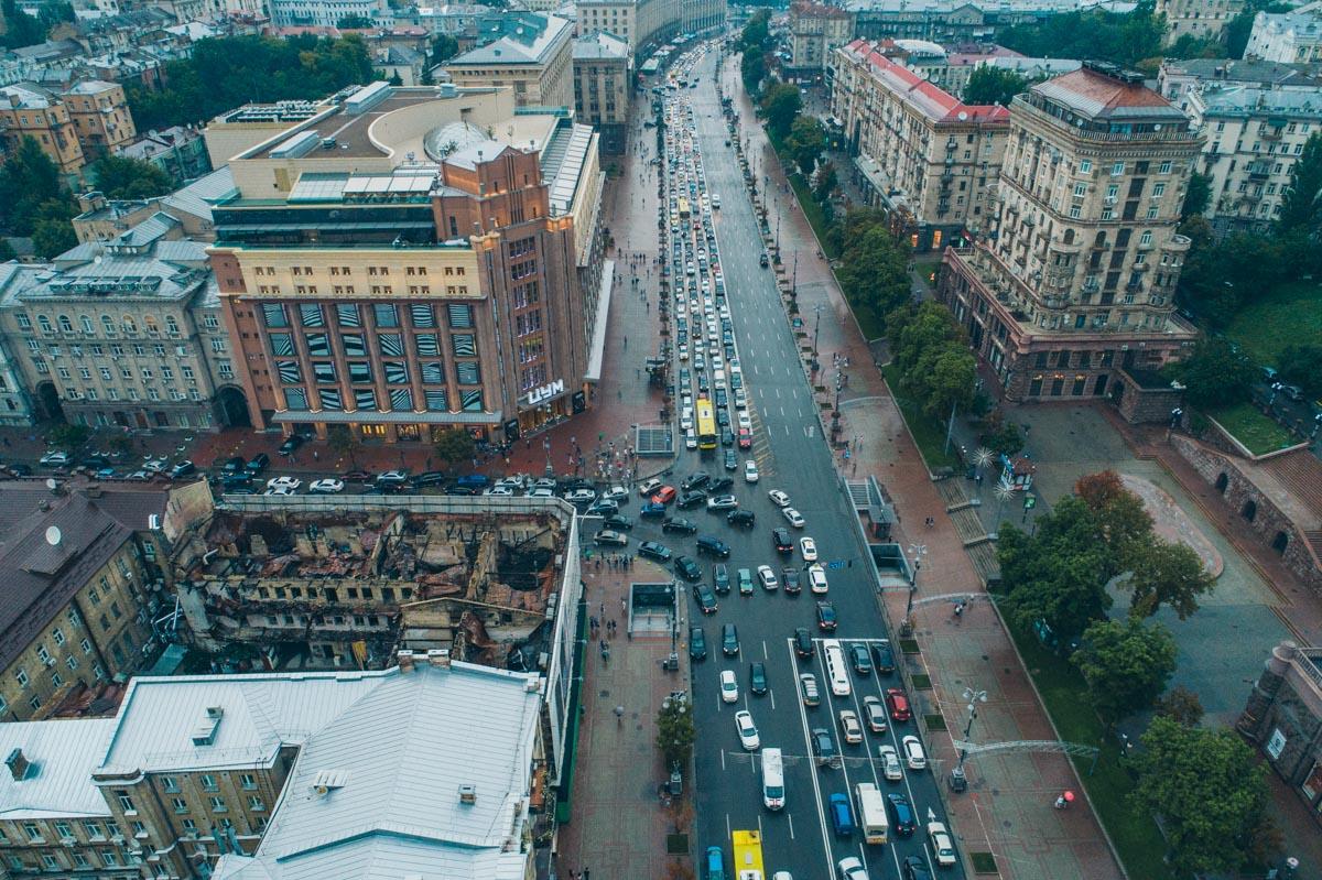 В основном машины стоят в центре Киева, в частности на бульваре Тараса Шевченко, на улицах Крещатик, Большая Васильковская, Бассейная, Льва Толстого, Саксаганского, а также на Майдане Независимости