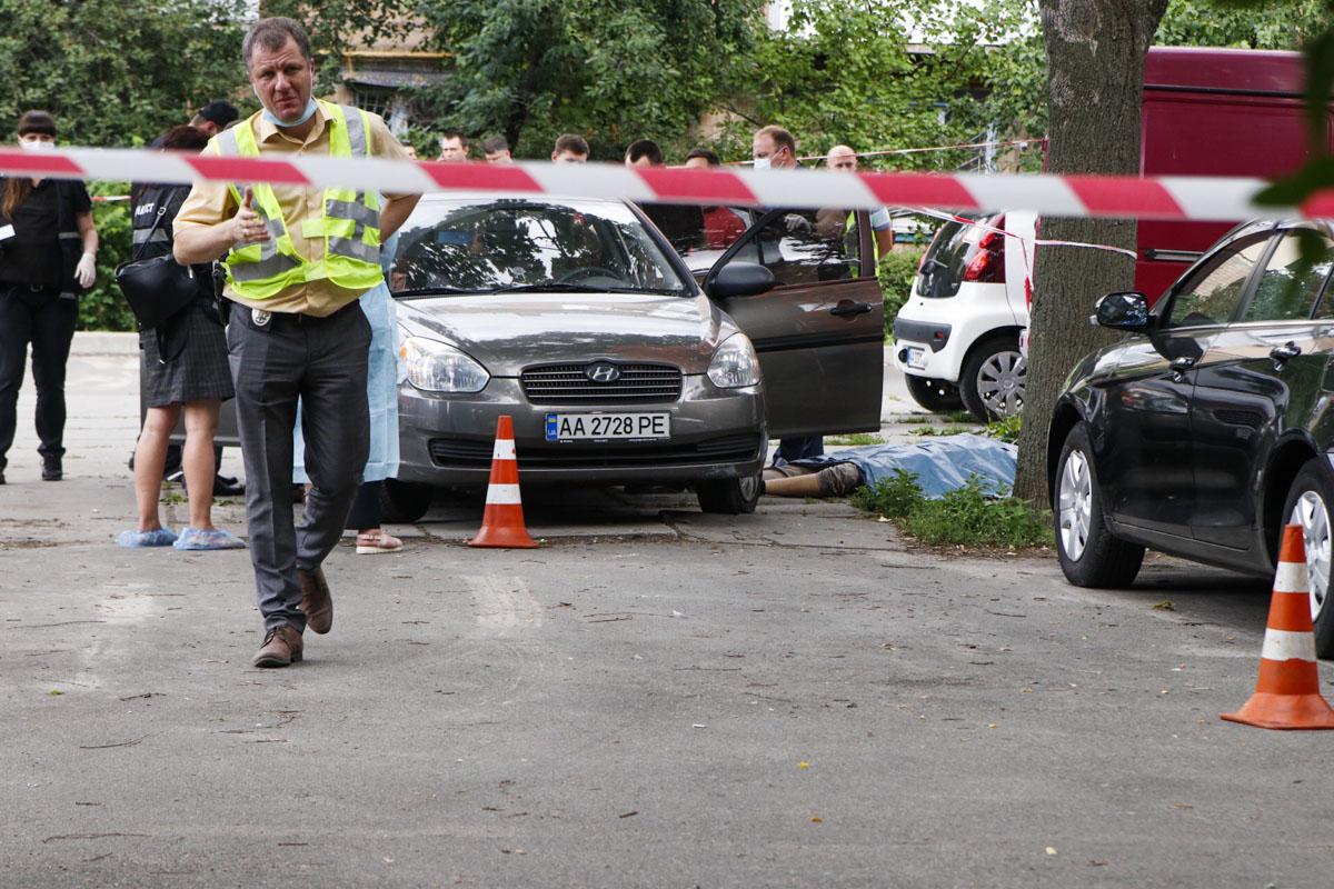Основная версия убийства полицейского на Щусева - желание наживы