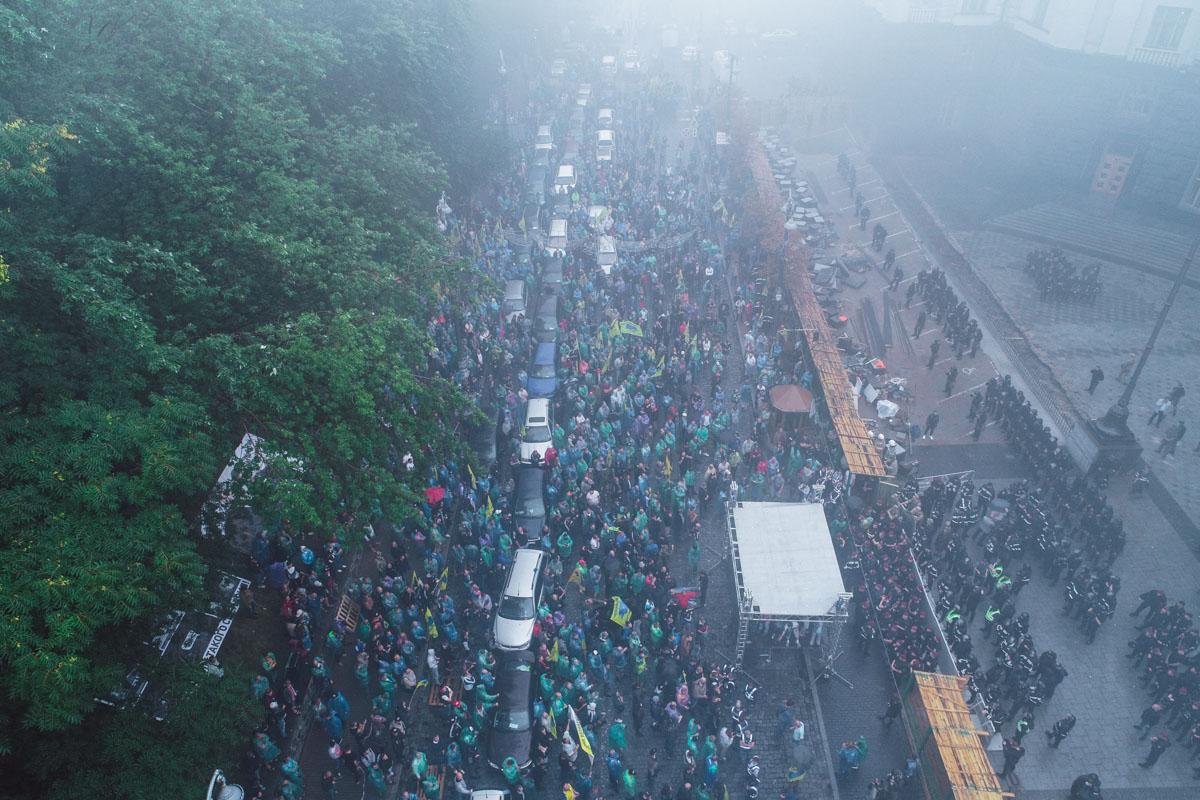 Активисты заявляют, что их уже около 10 тысяч