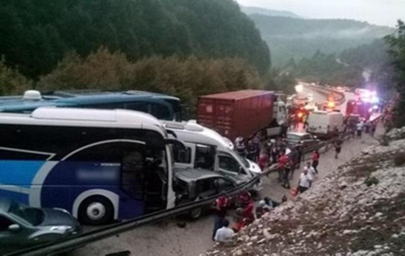 В Турции случилось ДТП с участием 32 машин