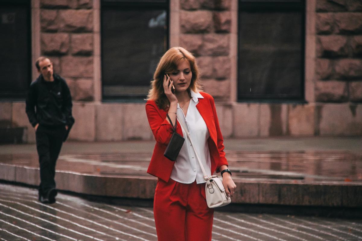 Lady in red... Вы тоже пропели эту фразу?